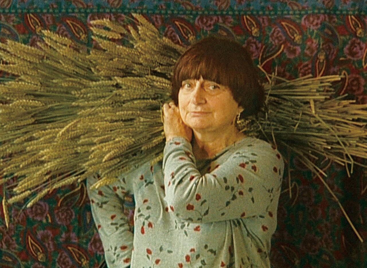 """""""ヌーベルヴァーグの祖母""""アニエス・ヴァルダ監督が、ミレーの名画に着想を得て綴ったドキュメンタリー「落穂拾い」"""