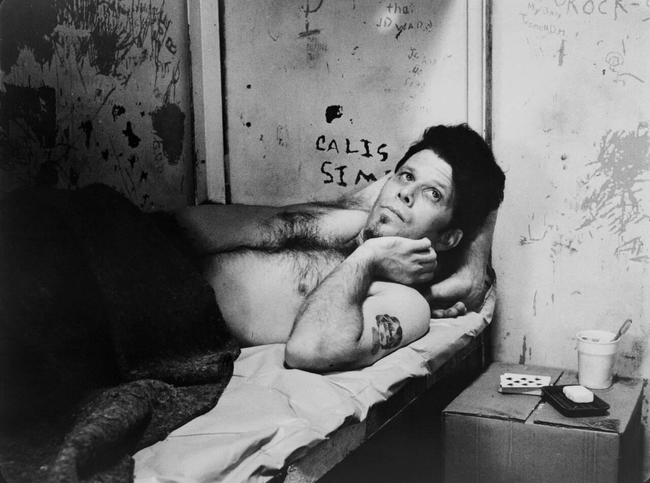 ジム・ジャームッシュのオフビートなユーモアが心地よい…脱獄囚たちの友情を描くロードムービー「ダウン・バイ・ロー」